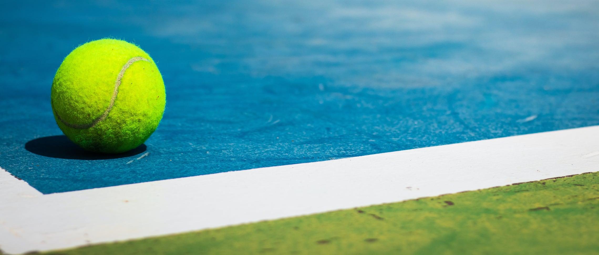 sportgolv-tennisbana-linemålning